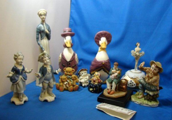 3: Lot of 11 Figurines incl. Norman Rockwell, Lefton+