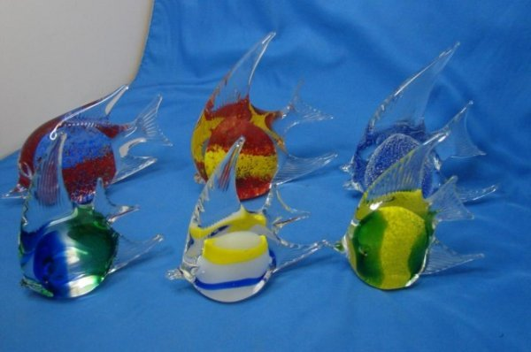 24: Lot of 6 Art Glass Fish