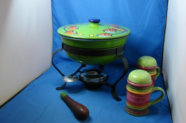 4: Vintage Peter Max Fondu Pot, Italian Ceramic S&P