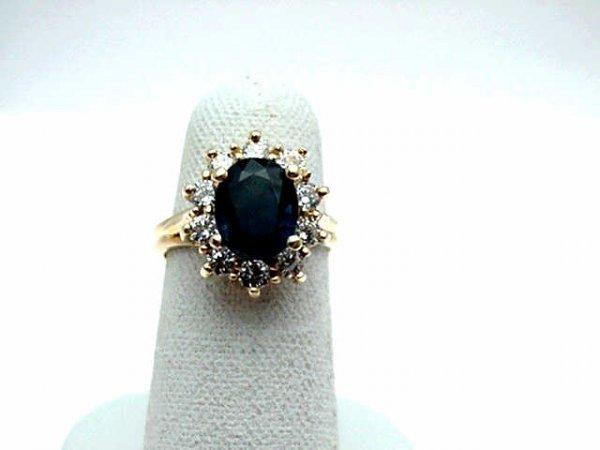 13: Lady's 14kyg sapphire&diamond ring