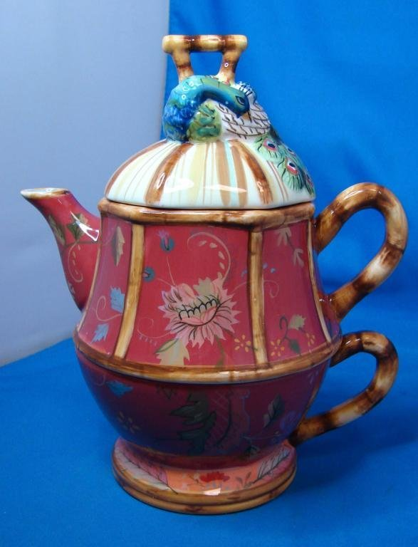 70: Tracy Porter Artesian Road Ind. Teapot & Cup