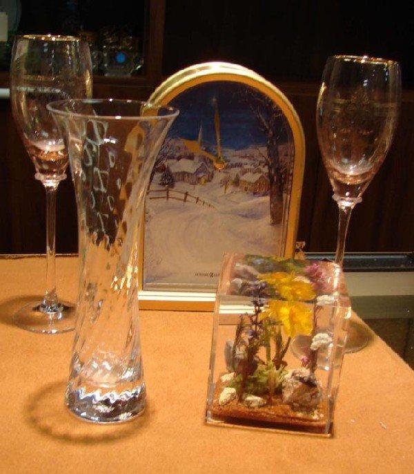 3: 2 pink Champagne flutes, Howard Miller clock