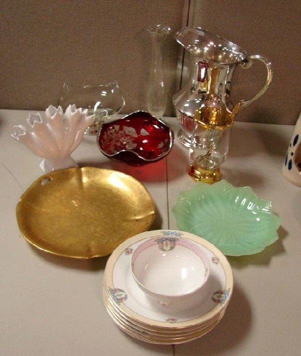 17: Vintage lot: 6 Noritake Plates, vase, red crystal