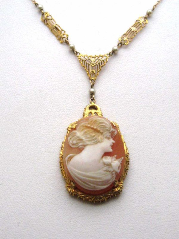 4: Ornate 10kyg cameo with seed pearl necklace