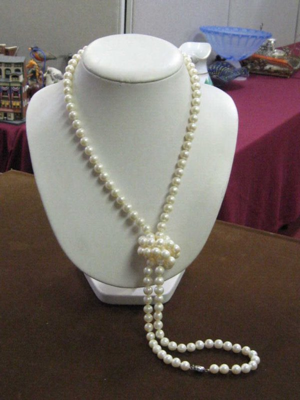 """14: Lady's 50"""" strand freshwater pearls 14k clasp"""