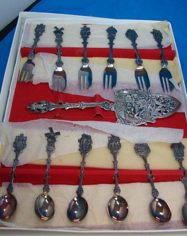15A: 12 Silver Plate Ornamental Knives & Spoons
