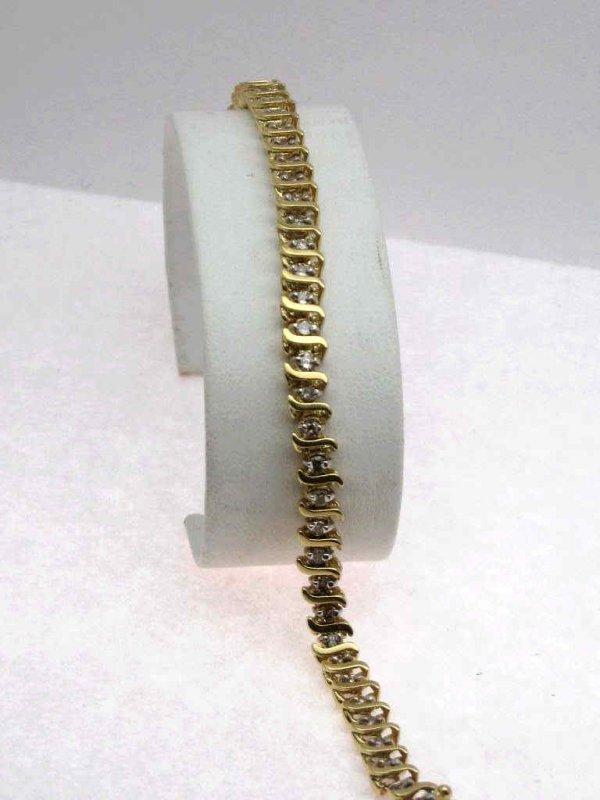 20: Lady's 14kyg 2ctw diamond bracelet
