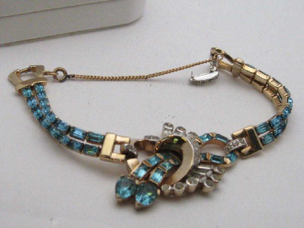 175: 3 pc set necklace,bracelet,pin Mazer Bros.