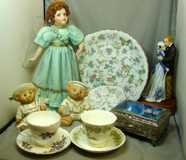 2: Box Lot: Music Boxes, Lenox Bears, Porcelain Cups