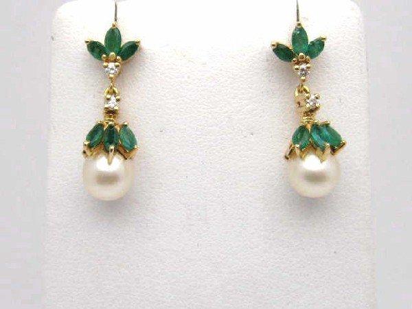 8A: 14kyg emerald & diamond pearl earrings