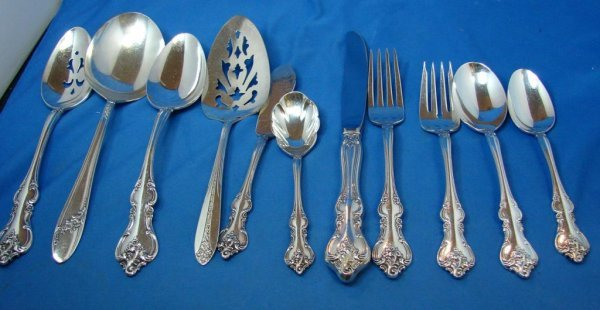 3: Int'l Silver Co. Silver plate Serviced for 8