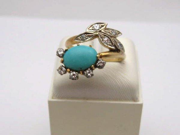 12: Vintage 18kyg turquoise & diamond ring