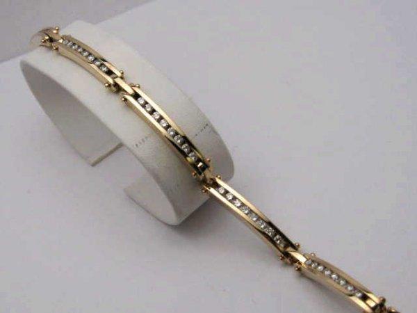 16: 14kyg diamond bracelet 1.50ctw