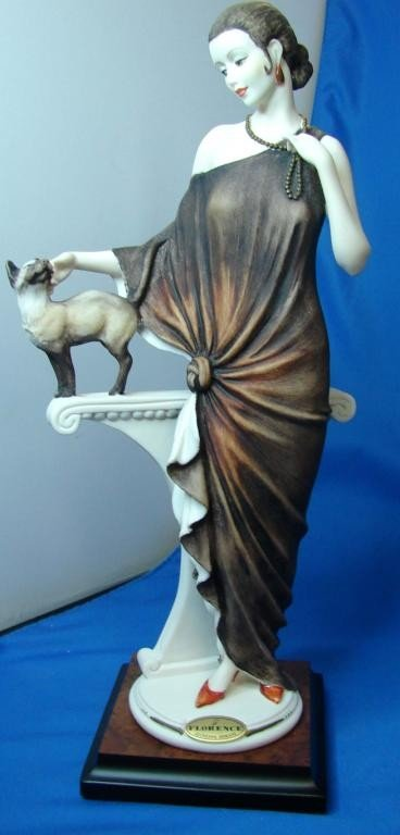 """91: Giuseppe Armani Figurine """"Danielle"""""""