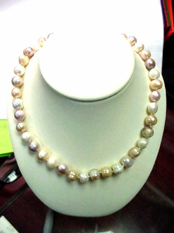 """5: 16"""" strand freshwater pearls 10-11mm"""