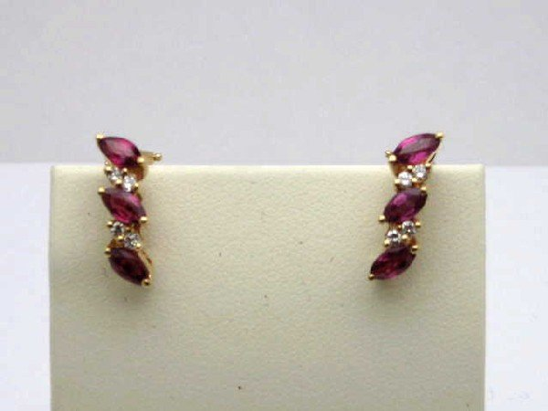 8: 14kyg ruby& diamond earrings