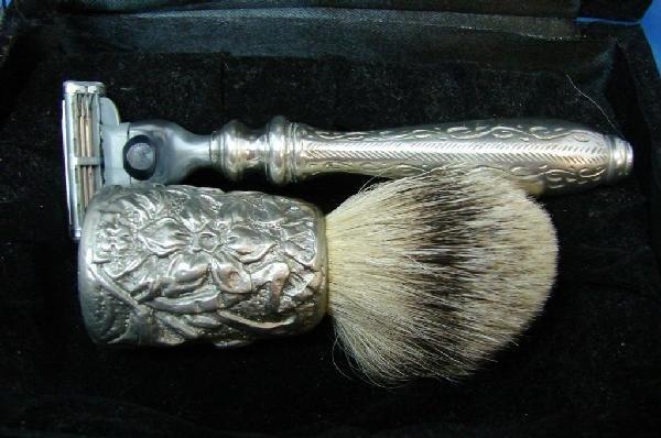 10A: Evan Moore Allmoody & Cobbs Shaving Set