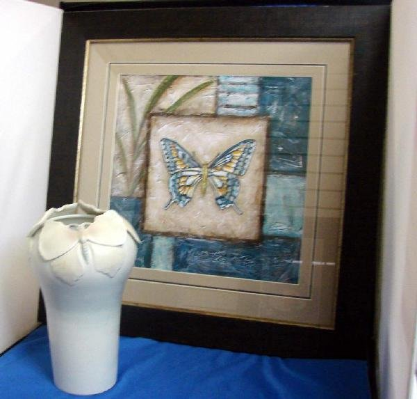17: Fitz & Floyd Butterfly Vase & Butterfly Picture