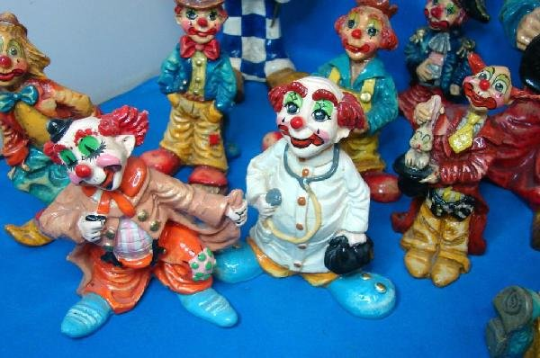 23: 12 Collectible Clowns - hand painted in Mexico - 5