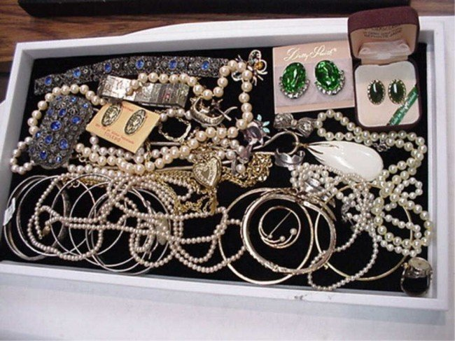 8: Lot of costume jewelry, jade etc