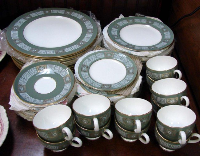 13: Service for 12 Wedgwood  China Asia in Green