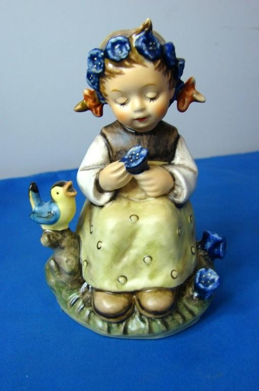 8: Hummel Figurine The Botanist #351