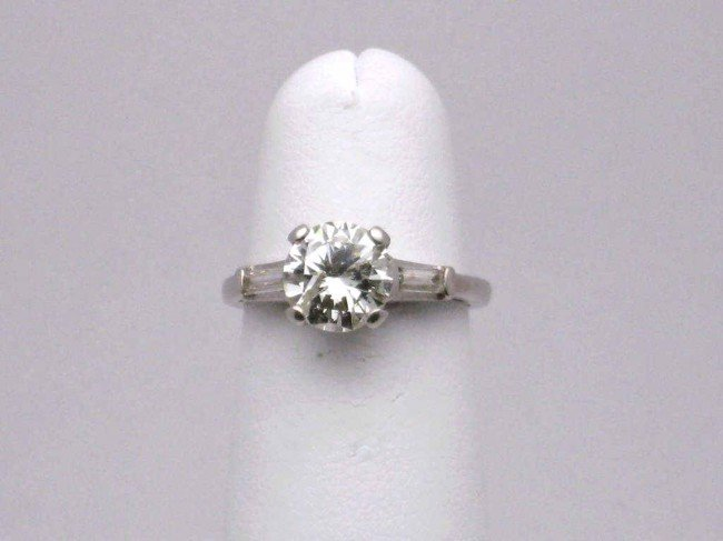 17A: Platinum diamond engagement ring 1.72ct