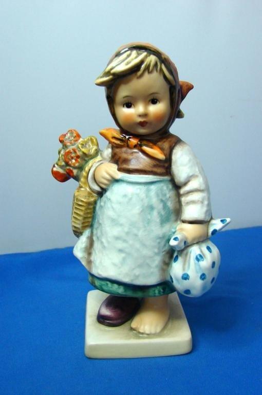 9: Hummel Figurine Weary Wanderer, TMK 5