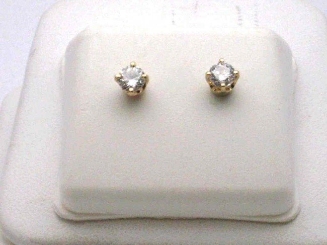16: .50ctw diamond stud earrings 14kyg