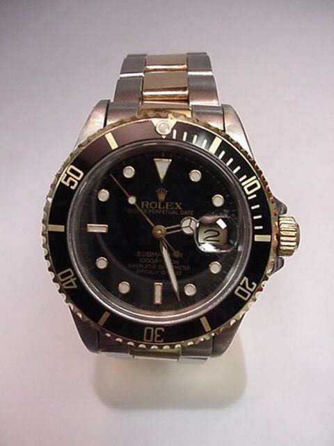 37: 18kyg & stainless Rolex Submariner