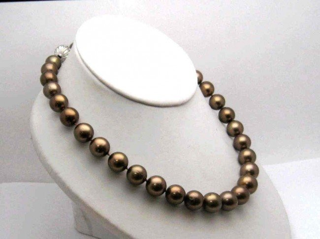 228: Strand of 13mm chocolate pearls