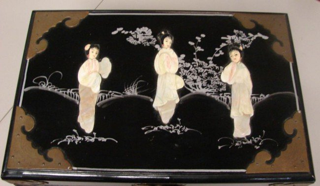 132: Chinese Black Jewelry Box w/Mother of Pearl Figure - 2