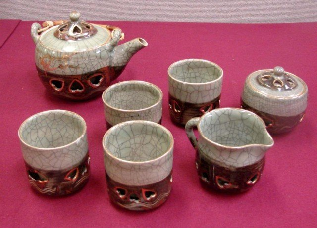 7: Chinese Gray Pottery Tea Set