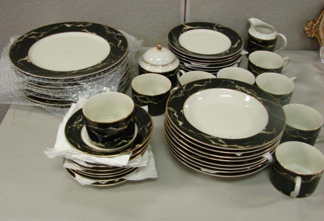 8: Mikasa Travertine Black China Svc. for 8