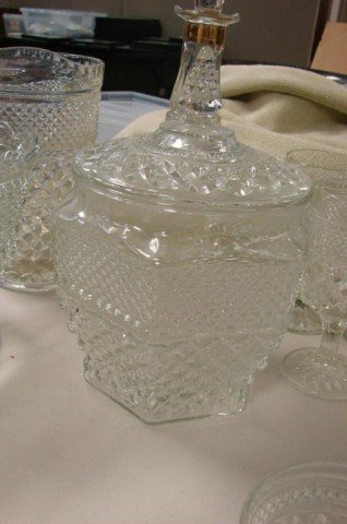 9: 25 pcs. Vintage Pressed Glass incl. biscuit jar