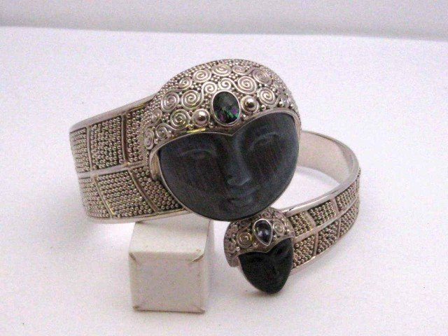 138: Sterling cuff bracelet by Sajen