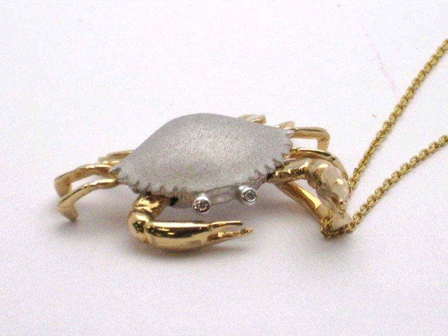 6: 14k 2tone crab necklace with diamonds