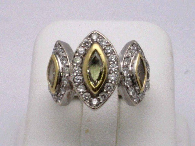 140A: 18kwg fancy yellow diamond ring 1.85ctw