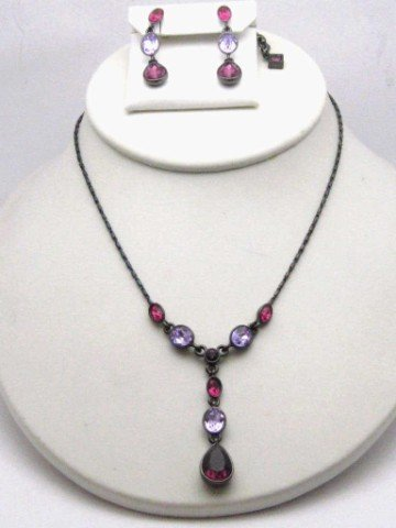 6: Swarovski crystal necklace & earrings