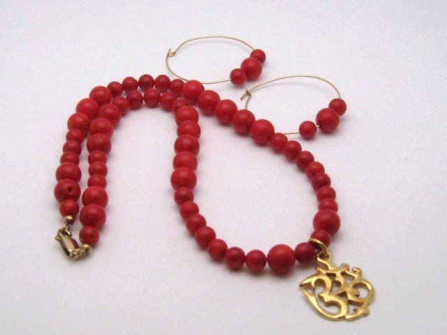 14A: Red coral necklace & earrings