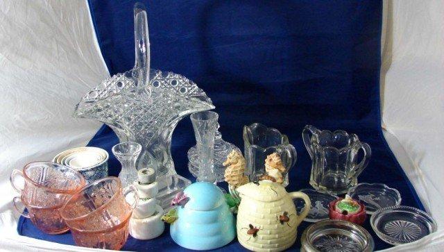 7: Vintage Lot: Honey Pots, Depr. Glass, Brides Bskt