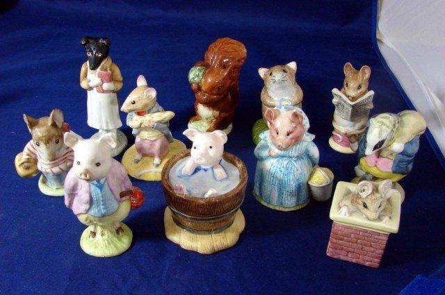 9: 11 Beatrix Potter Figs: Tommy Brock, Aunt Pettitoe