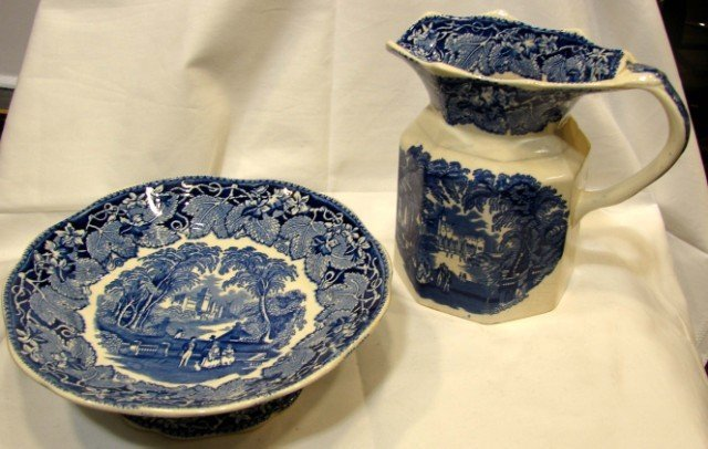 16: 2 pcs. Masons Blue Vista Ironstone Pottery