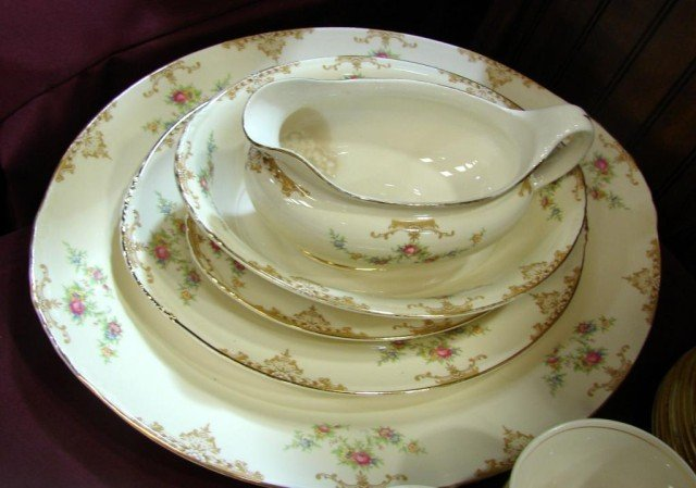 133A: Eggshell Nautilus China Svc. for 10 - 3