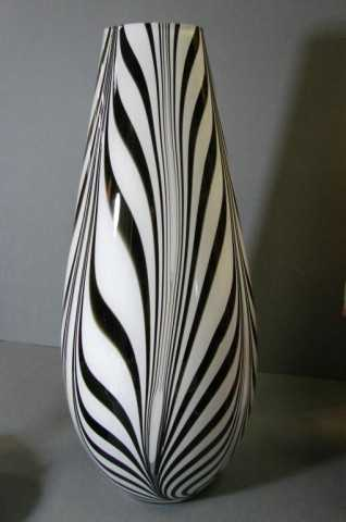 53 Murano Black White Striped Vase