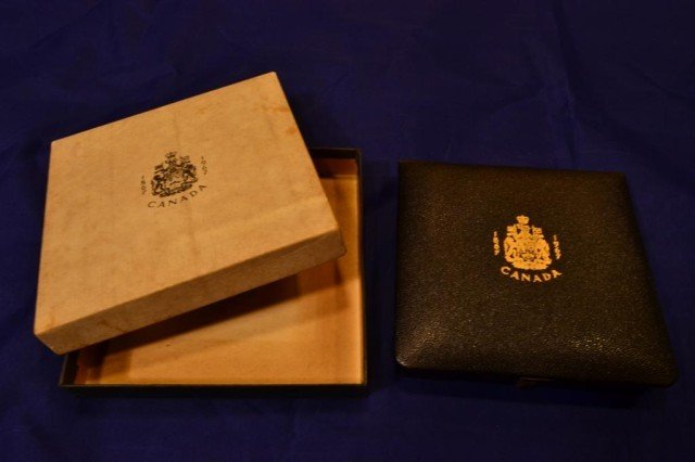 8G: 1867-1967 Candian Gold Proof Set