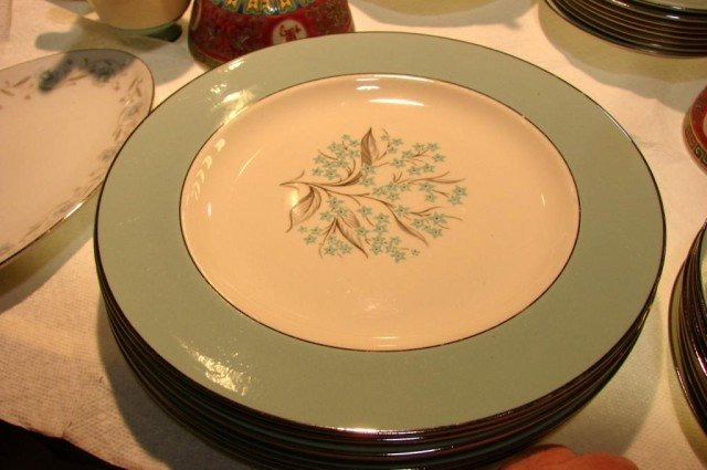 12: Retro Look Blue Sevron China Service for 6 - 5