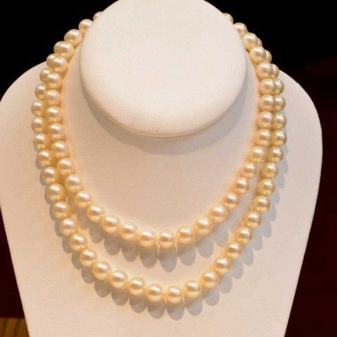 """13: 30"""" strand of 8mm pearls"""