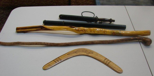 195: British nightstick, Irish cane, Walking stick ++