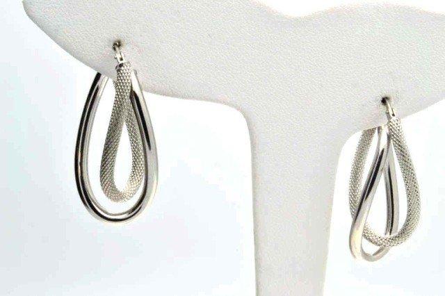 11A: 14kwg hoop earrings
